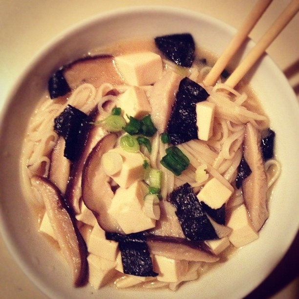 Miso soup, Seaweed and Tofu on Pinterest