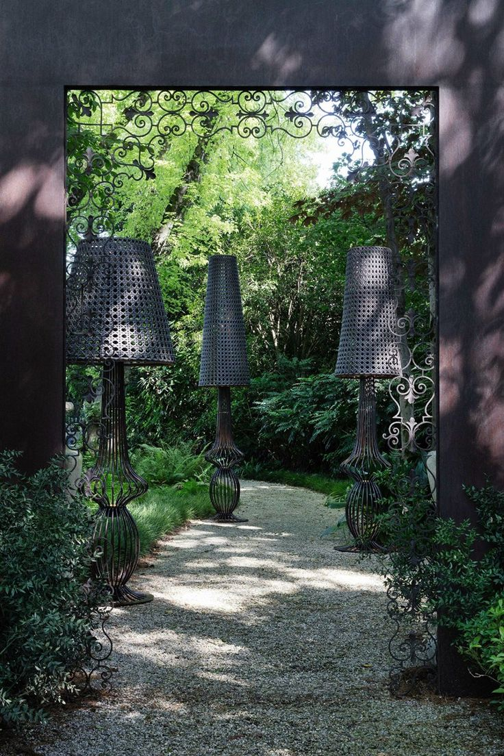 LED iron garden lamp post SOLE | Garden lamp post - Samuele Mazza Outdoor Collection by DFN