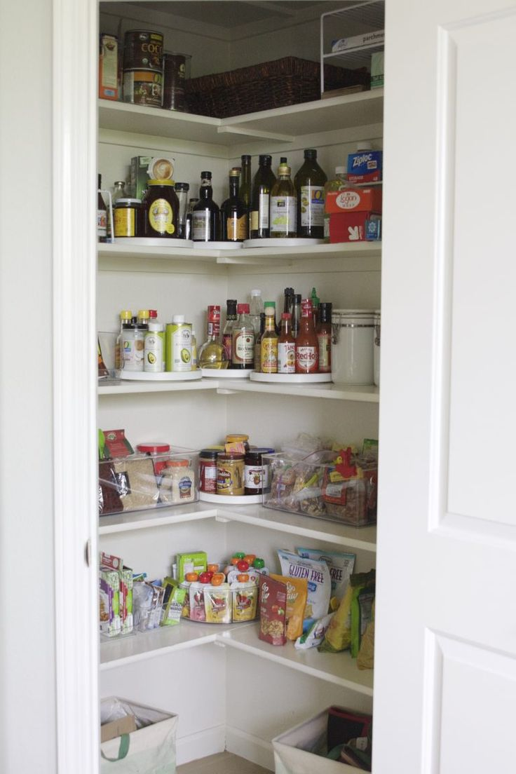 A Simply Organized Pantry