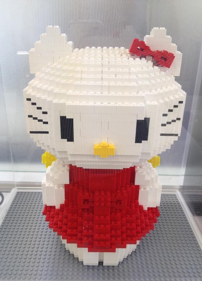 Hello kitty made from legos hello kitty pinterest - Lego hello kitty maison ...