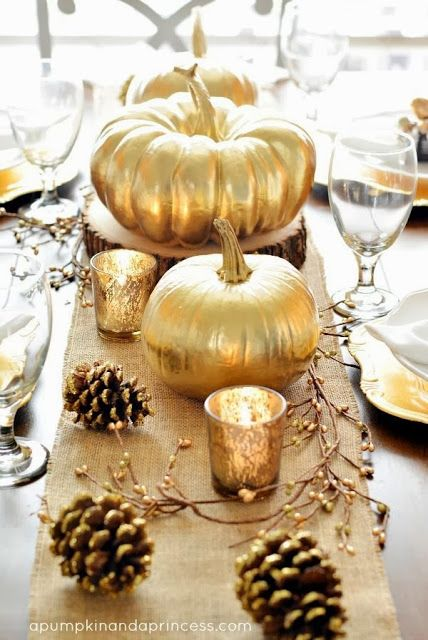 13 Ideas for Modern Thanksgiving Decor- think mixing metals, balancing shiny with natural elements and more. @craftytexasgirls.com #fall #mo...