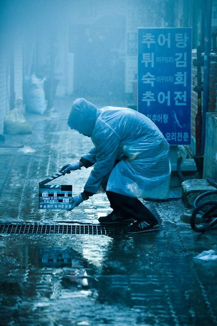 Photo of people who making movie /   Photographer : Seol-Woo Kim / Movie 'The Unjust' / 2010 / Korea / Director : Seung-Wan Ryo