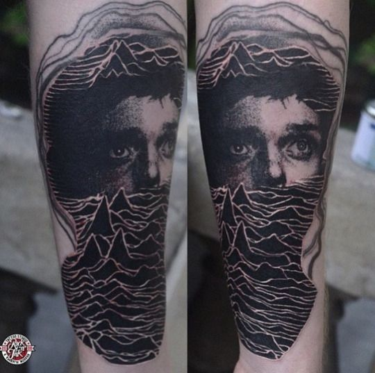 25 best ideas about joy division tattoo on pinterest unknown pleasures joy division and joy. Black Bedroom Furniture Sets. Home Design Ideas