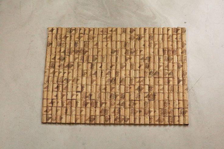 Tuto: un tapis avec des bouchons en liège