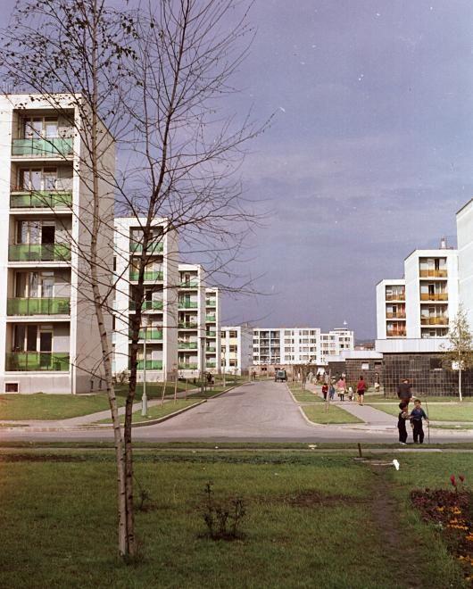 Kilián-dél, Iván utca a Benedek Elek utca felől nézve.