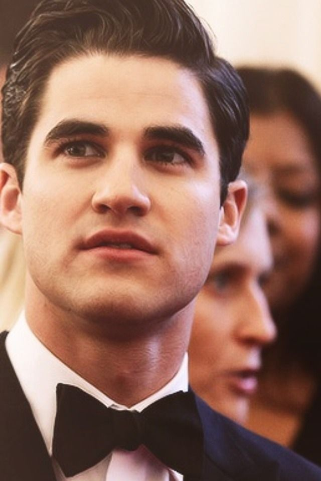 Darren Criss. Oh how I miss Glee.