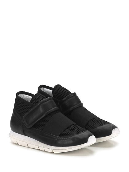 OXS - Sneakers - Uomo - Sneaker in pelle e tessuto a retina con cinturino a strap frontale e suola in gomma extra light effetto vintage. Tacco 30, platform 20 con battuta 10. - NERO - € 239.00
