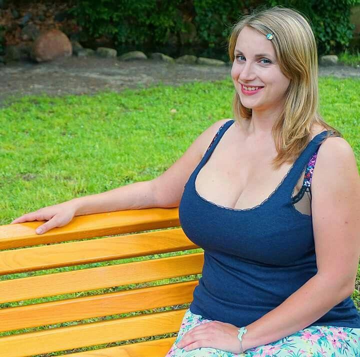 Emily watson naked pics