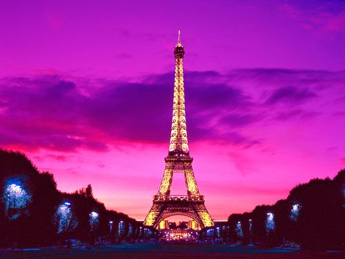 sunsets in paris.