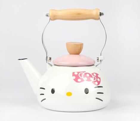 Hello Kitty for the cutest kitchen