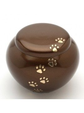 Urns UK is one of the leading urns seller in UK which offers beautiful and long lasting urns for pet keepsake like dogs, cats etc at affordable price.