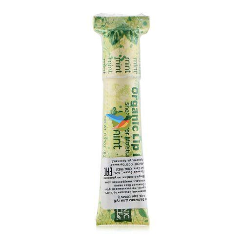 Продукт насыщен органическим маслом Ши. Питает сухие, потрескавшиеся губы, делает их мягкими. Отличная база перед нанесением губной помады