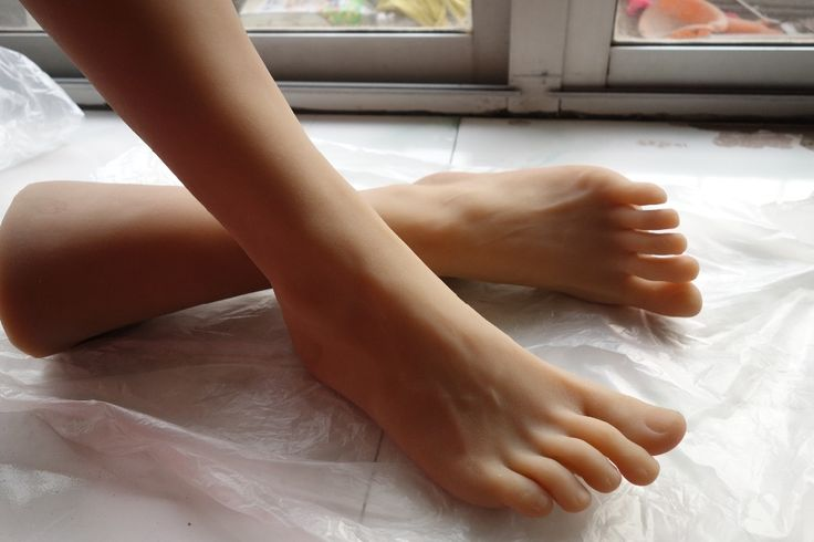 234.60$  Watch here - http://alij37.worldwells.pw/go.php?t=32278785041 - Male adult products full silicone fake sexy female legs real skin texture feet worship Foot Fetish toys Model free shipping 234.60$