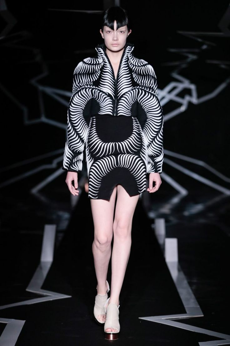 Iris van Herpen uses visual trickery for latest couture collection