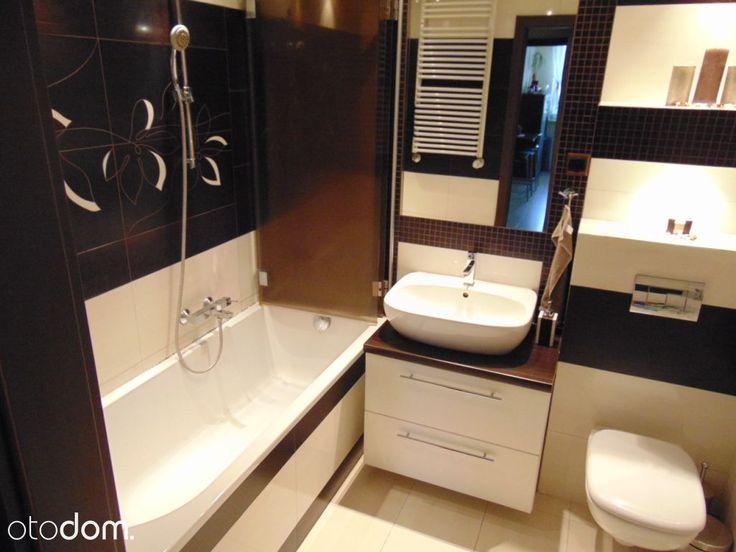 259 000 zł: Sprzedam mieszkanie 2-pokojowe, pow. 53 m2 w Oławie w nowym bloku na drugim piętrze z windą na os. Sobieskiego. Mieszkanie składa się z salonu o pow. 20 m2, sypialni 12 m2, oddzielnej kuchni 10 m2,...