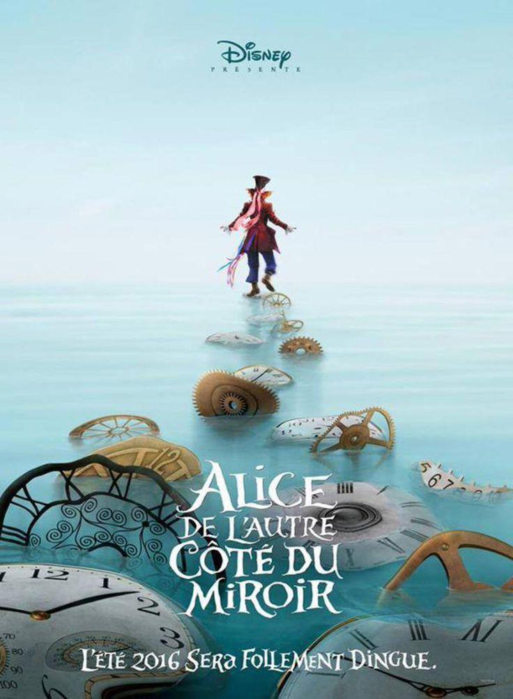Johnny Depp s'affiche pour Alice de l'autre côté du miroir