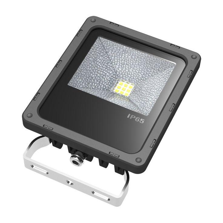 Arrow 10w High Output LED Outdoor Floodlight for Landscape Lighting