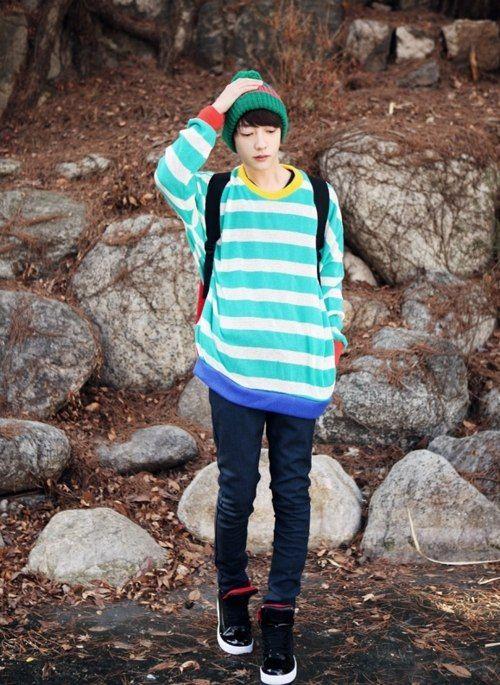 Best 25 Japanese Boy Ideas On Pinterest Anime Girl Short Hair Oversized Clothing And Short
