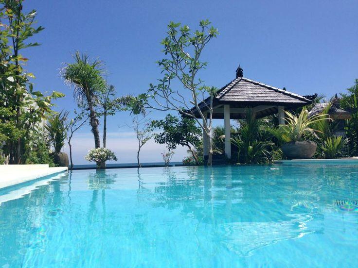 Villa New Romance - Singaraja Bali, Indonesië - Twee villa's direct aan het strand voor 2 tot 7 personen -- mail@xclusivevillas.com of bel: 0031 (0)85 401 0902