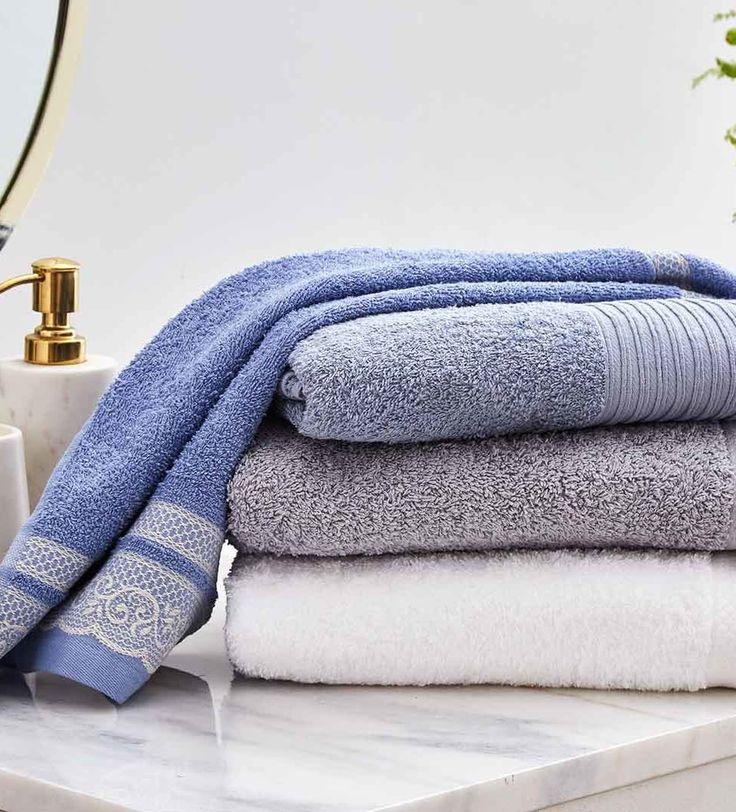 MÁS SUAVES  Si quieres disfrutar de toallas extra suaves es mejor usar poco detergente y evitar el suavizante siempre que puedas. Al contrario de lo que se piensa, el suavizante favorece la humedad y estropea el tejido. Oportunidad ropa de casa   Ventas en Westwing