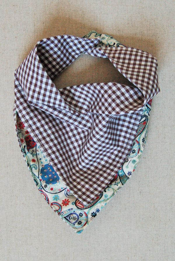 Molly's Sketchbook: Bandana Bibs - The Purl Bee - Knitting Crochet Sewing Embroidery Crafts Patterns and Ideas!