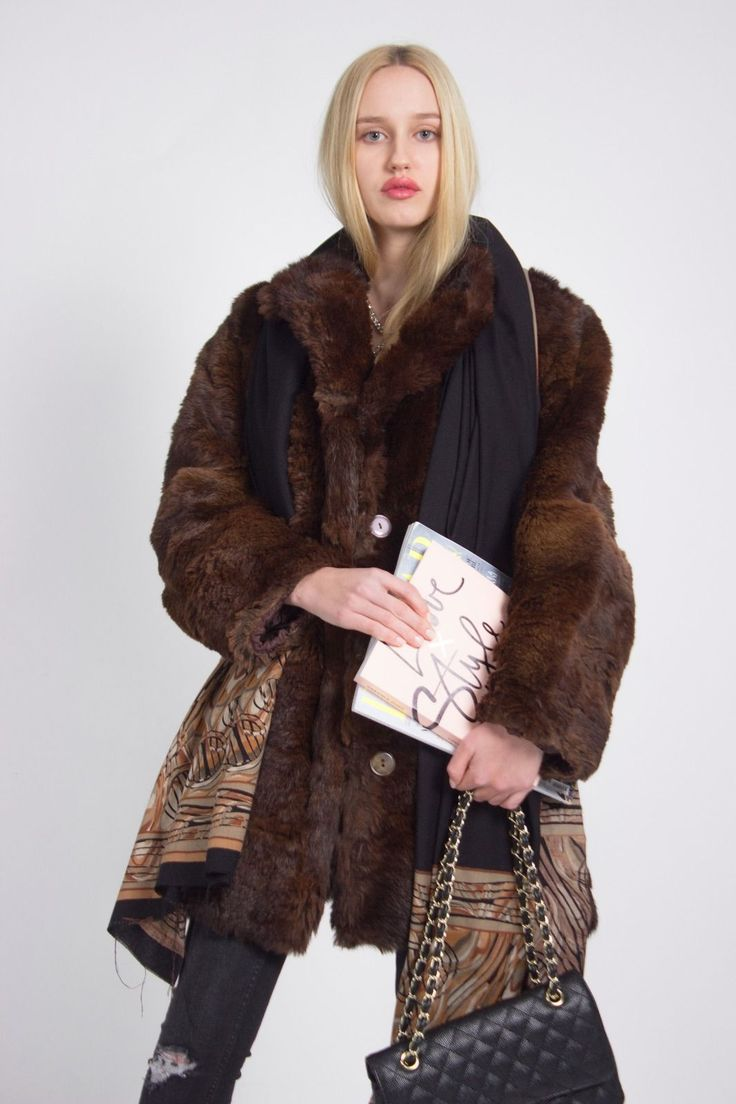 LUXURIOUS LONDON LOOK STUNNING UNIQUE VINTAGE BROWN REAL FUR COAT JACKET | eBay