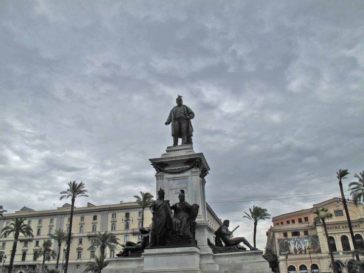 Monumento a Cavour, Piazza Cavour, Prati, Rome