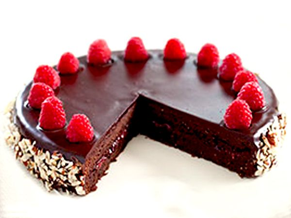 Chocolate Raspberry Sacher Torte