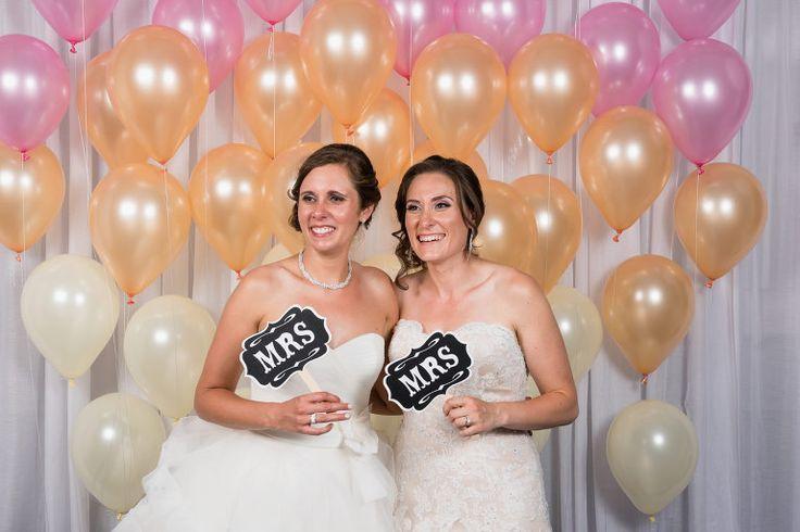 Mariage lesbien, gay wedding, lesbian wedding, montreal wedding photographer, photographe mariage montreal. www.soniabourdon.net