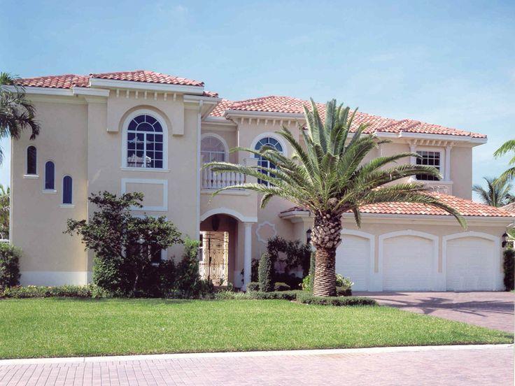 The Seminole Manor Sunbelt Home Has 5 Bedrooms, 5 Full Baths And 1 Half Bath