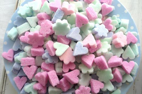 "sugar ""cubes"" tutorial = 2 c sugar + food coloring + 4 t water.  Let air dry 2 days or bake 200F for 10 min"