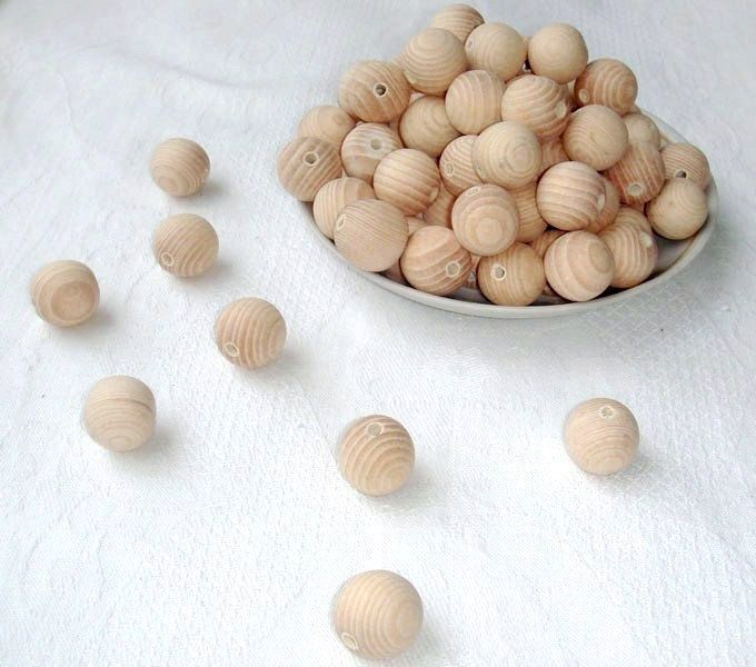 20 mm wooden beads 100 pcs natural unfinished bead from MiracleFromThreads  by DaWanda.com
