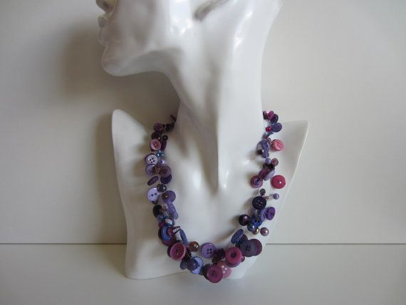 Kette, Knopfkette, Kette mit Perlen und Knöpfen, Perlonkette, Statementkette, Collier,
