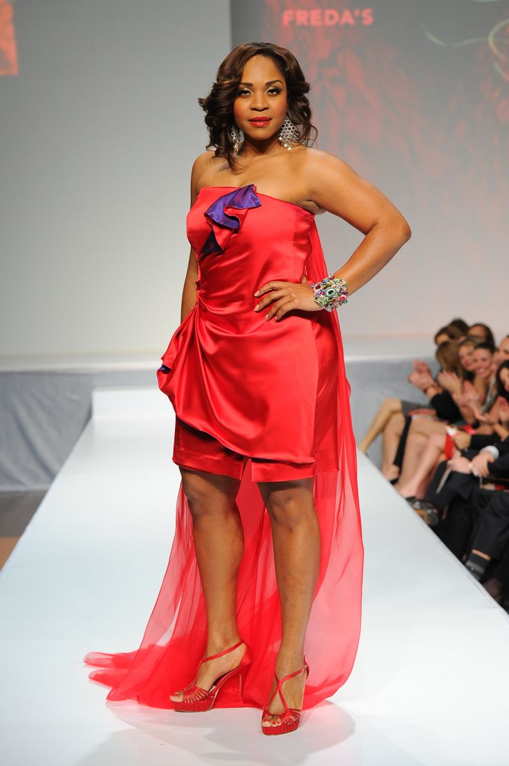 Divine Brown wearing Freda's - The Heart Truth Canada