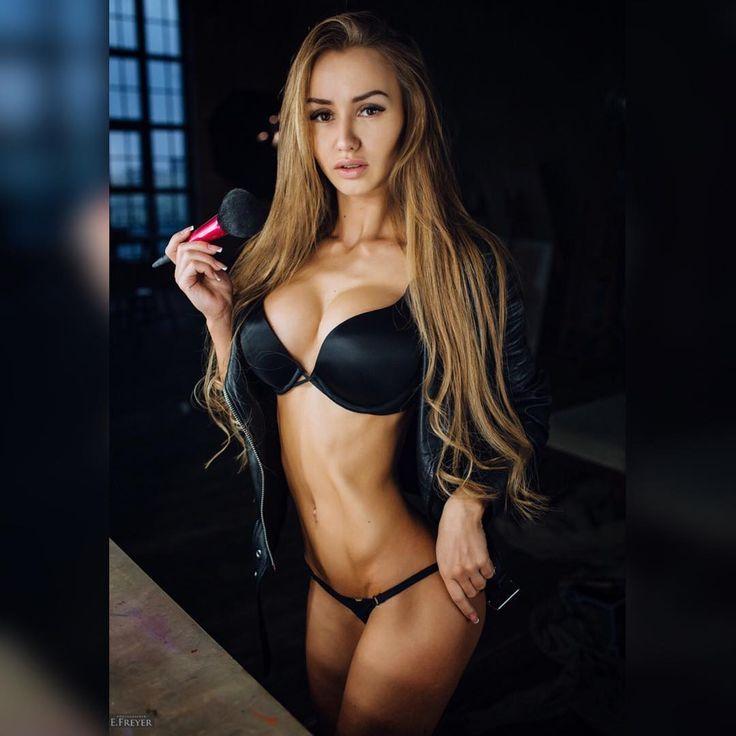 Blog dedicated to Viki Odintcova & Galina Dubenenko & Helga Lovekaty & Others Great Beauty (Daria...