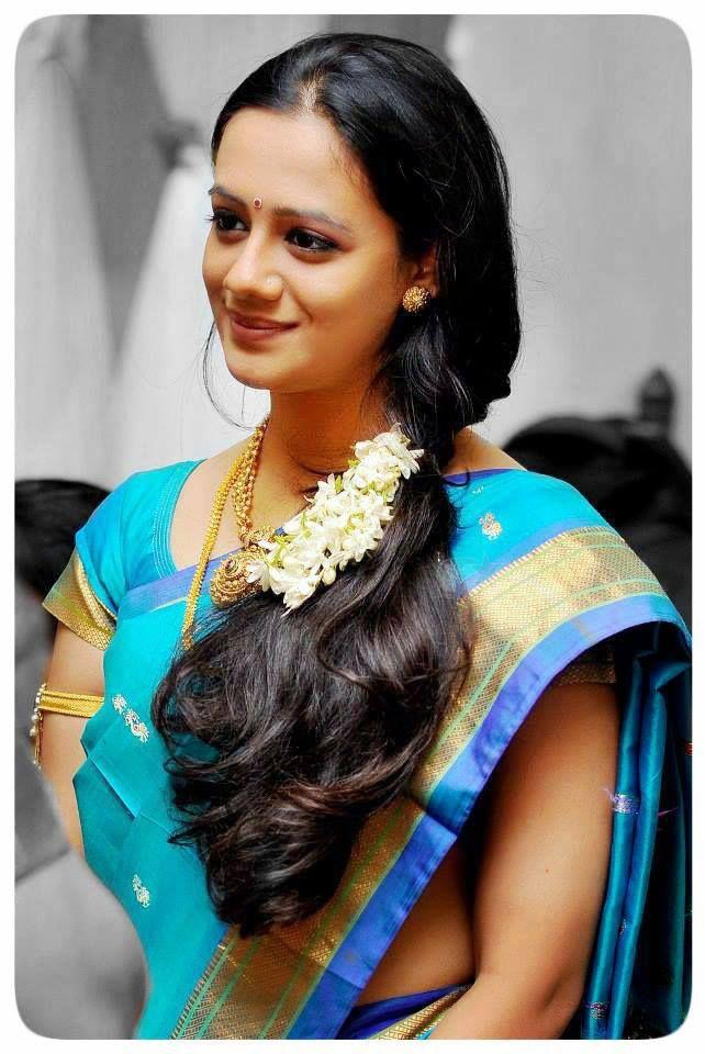 spruha joshi �� marathi beauty n glamour pinterest