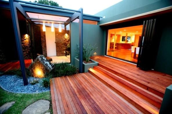 Byron Bay, NSW, Australia • Luxury Tri-Level home in exclusive Wategos Beach • VIEW THIS HOME  ►   https://www.homeexchange.com/en/listing/110130/