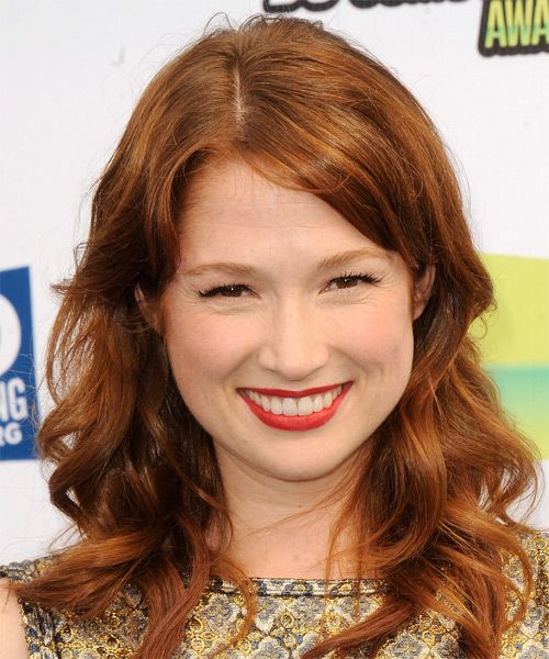 Ellie Kemper Hairstyle - Long Wavy Casual - Medium Brunette