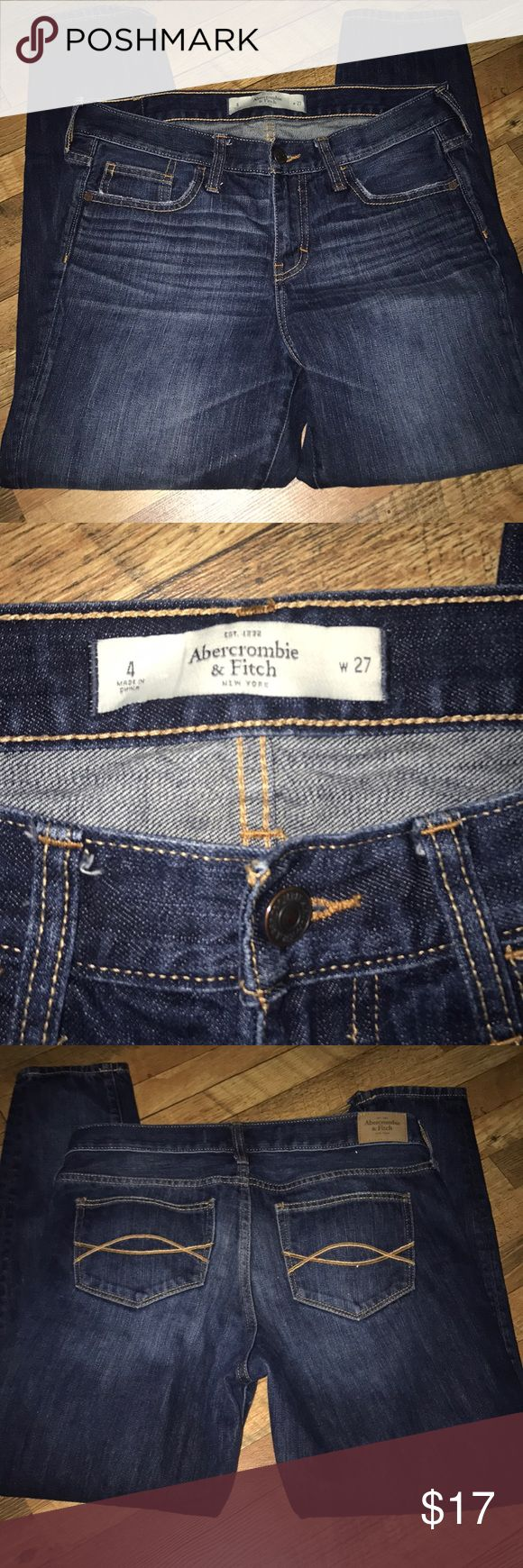 Abercrombie and Fitch women's ankle length jeans In excellent condition – see picture for inseam. (Bin 6) Abercrombie & Fitch Jeans Ankle & Cropped