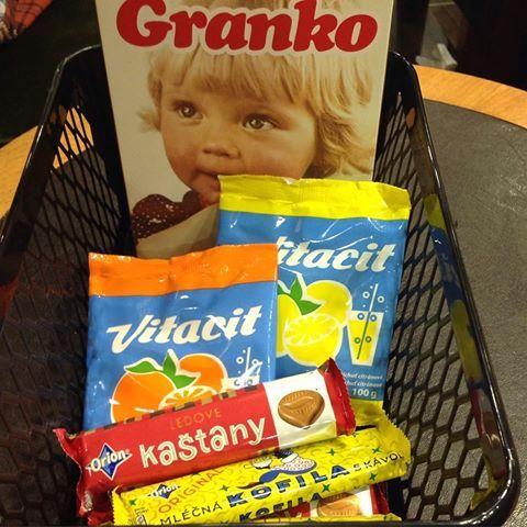 Granko - nedávno jsem koupila v retroobalu, a pořád tam doplňuji, pro synka..Vitacit se skvěle lízal z dlaně