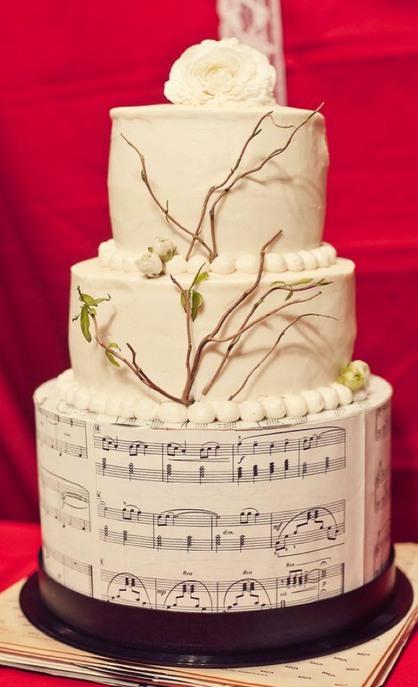 music themed wedding cake | as seen on ruffledblog.com/johnny-cash-inspired-wedding/