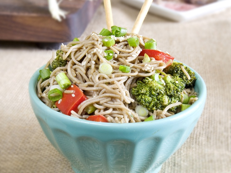 Gojee - Sesame Ginger Soba Noodles by Munchin with Munchkin