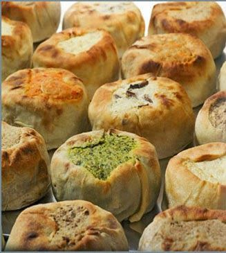 Knish: Traditional Russian Food. http://foodmenuideas.blogspot.com/2014/03/traditional-russian-food.html