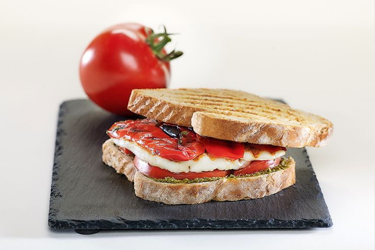 "Veggie Πειρασμός με Ψωμί σε Φέτες ""Χωριανό"" ΠΑΠΑΔΟΠΟΥΛΟΥ Σταρένιο με 6 Δημητριακά"