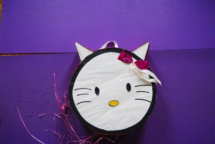 #Pinata Hello Kitty