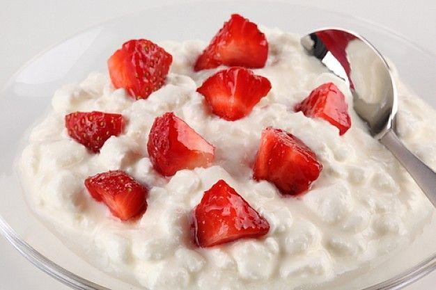 Kies voor gezonde voeding zoals kwark en rood fruit en ja kan afvallen zonder honger!