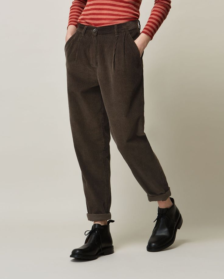 Top 25  best Women's tapered trousers ideas on Pinterest