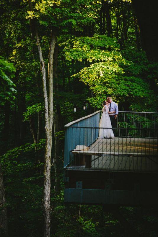 Photography by: http://www.kampphotography.com/kampphotography-winnipeg-wedding-photographers/emilie-matt/