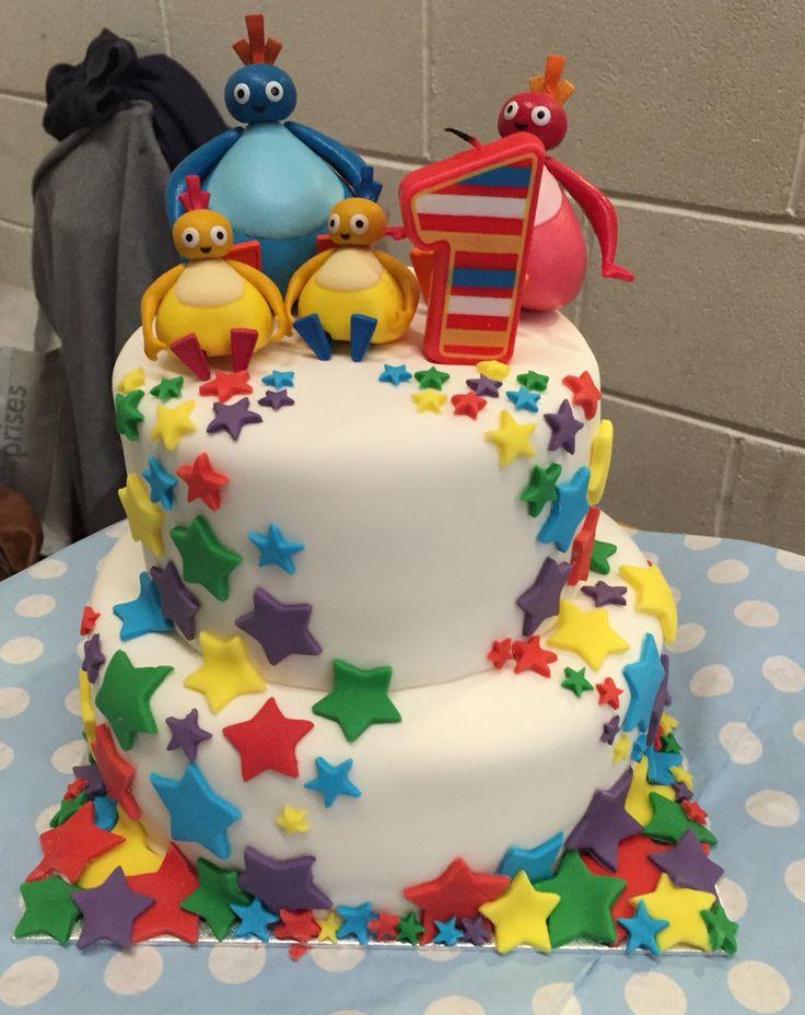 Twirlywoo Star Birthday Cake