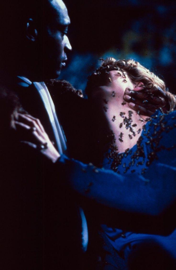 Tony Todd & Virginia Madsen in Candyman (1992)
